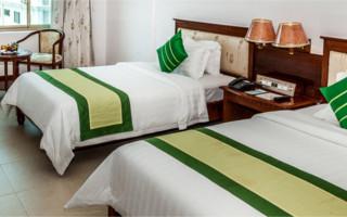 Encontrar solteiros em quartos (primeiro hotel)