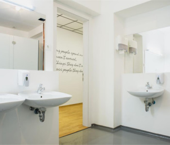 Encontrar solteiros em salle de bains (exemple)